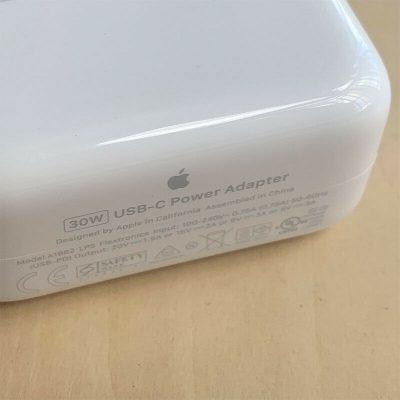 Phân biệt sạc Macbook Apple chính hãng
